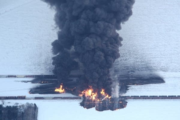 North Dakota train derailment fire