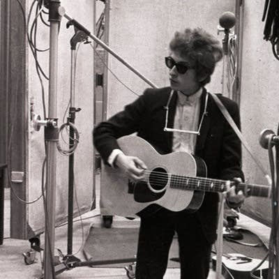 Prince v Bob Dylan: Match #16
