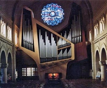 1981 Kleuker organ in the Eglise du Chant d'Oiseau, Brussels, Belgium