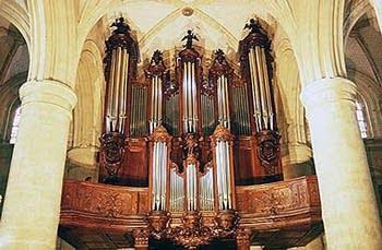 1739 Parizot-1992 Dupont organ at L'Eglise Saint-Remy de Dieppe, France