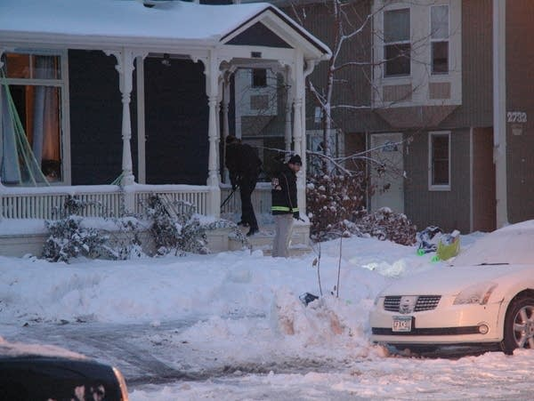 Minneapolis police investigate an apparent murder-suicide