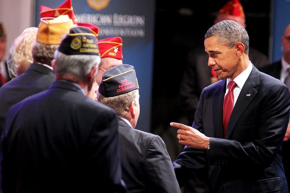 Obama greets American Legion members