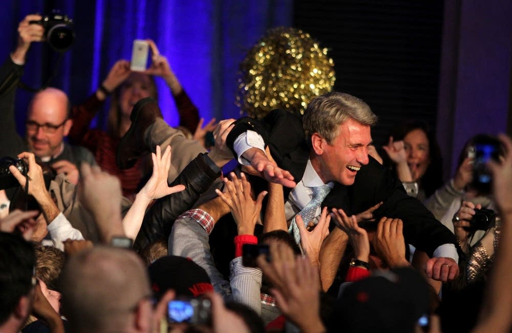 Rybak crowd surfs
