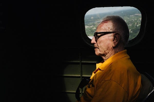 World War II veteran Andy Anderson takes a flight on a B-17G.
