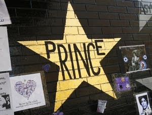 Prince's star at First Avenue now gold