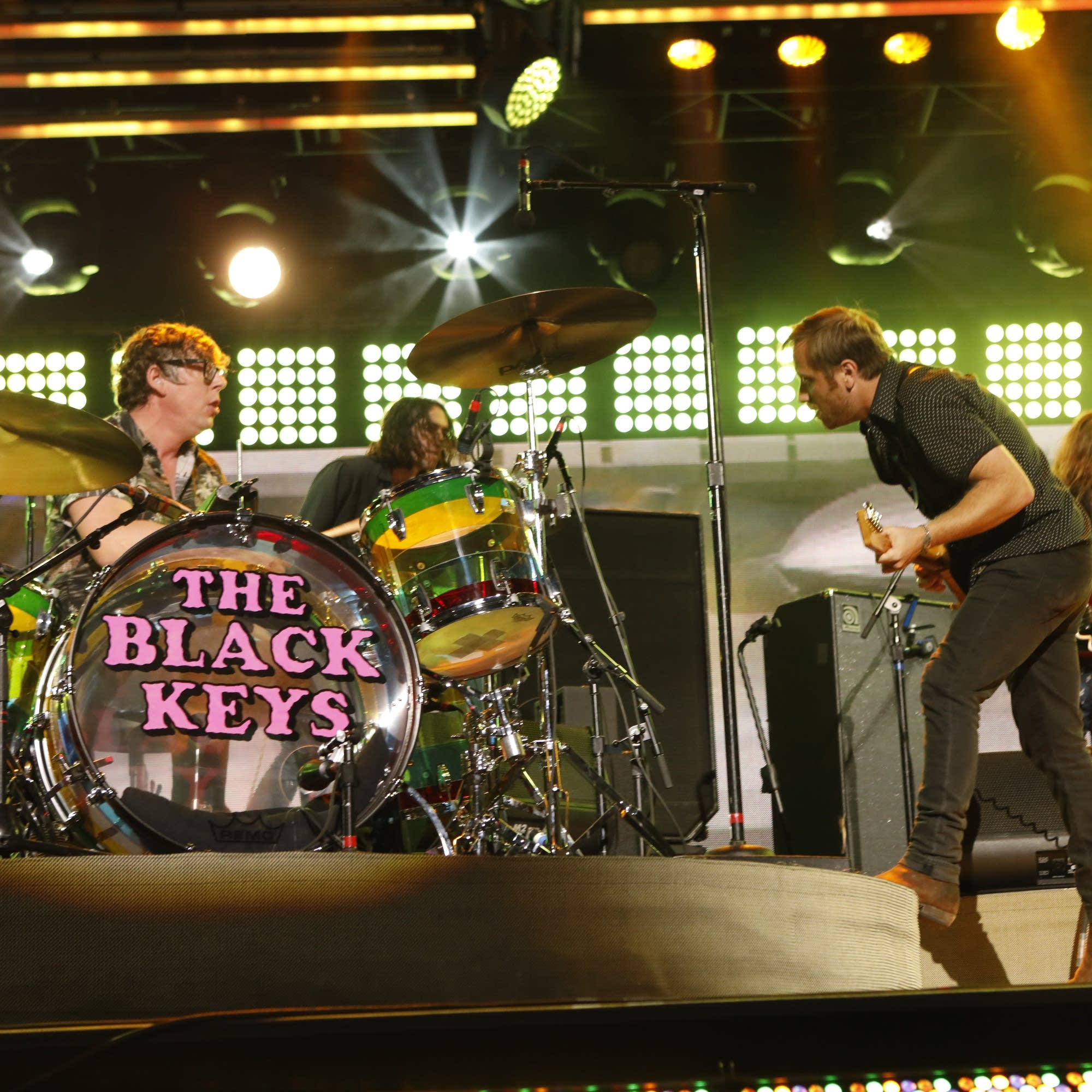 The Black Keys perform on 'Jimmy Kimmel Live!'