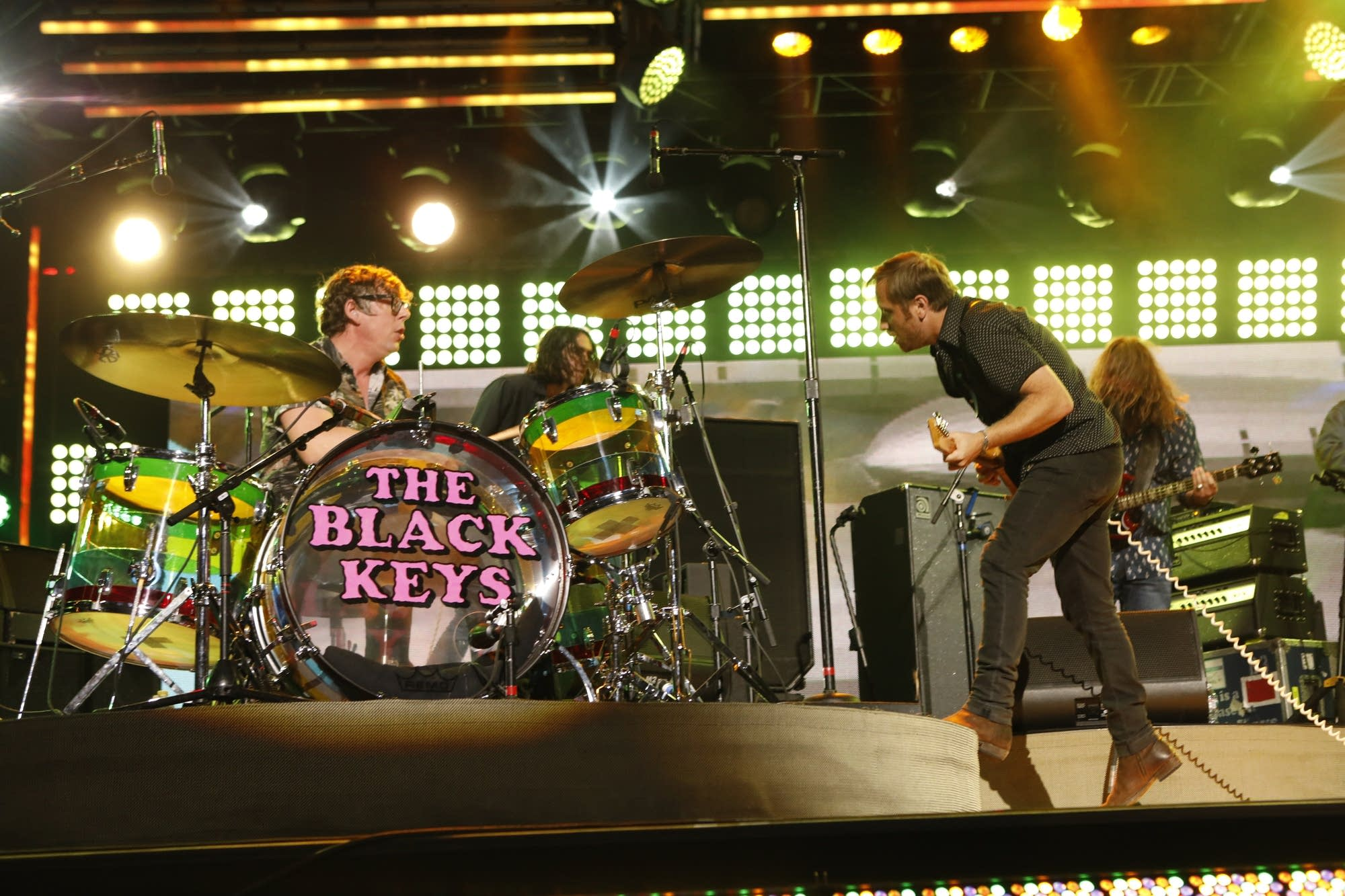 The Black Keys perform on 'Jimmy Kimmel Live!'