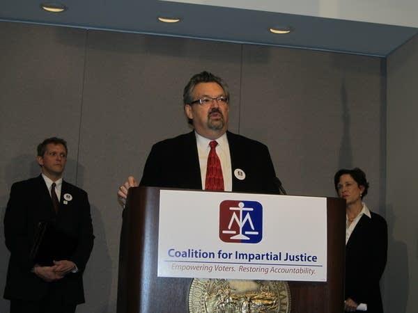 Group pushes judicial amendment