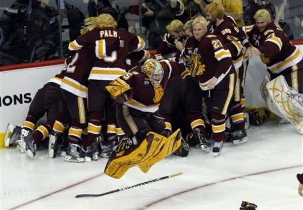 Umd Tops Michigan In Ot For 1st Ncaa Hockey Title