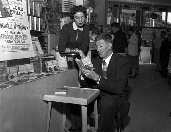 Frederick Manfred, 1955
