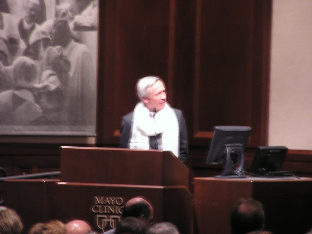Dr. Glenn Forbes