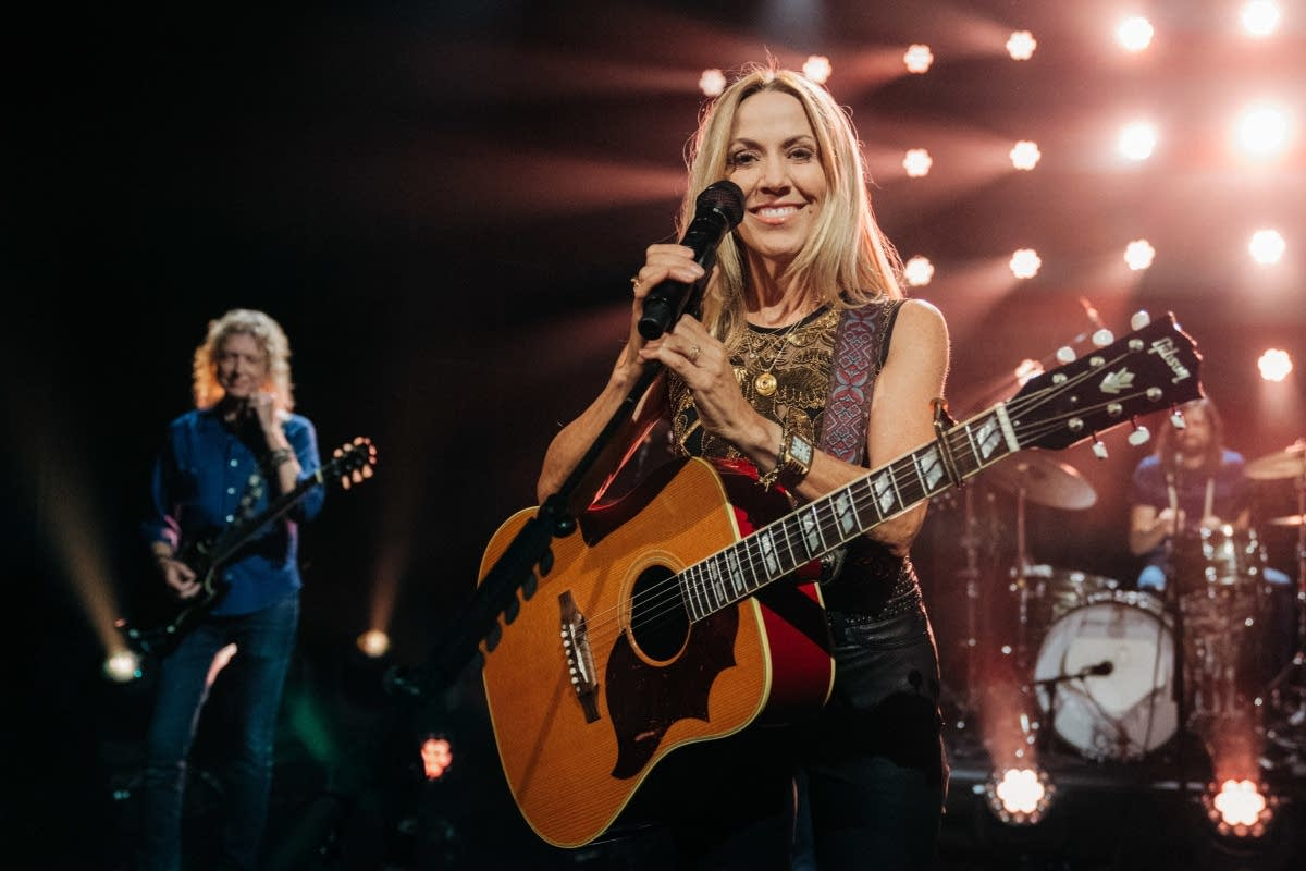 Sheryl Crow performs on 'The Late Late Show with James Corden'