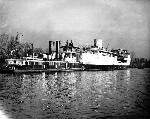 Cargill Ship in Shakopee