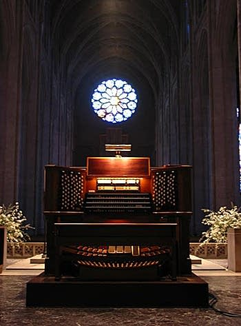 1934 Aeolian-Skinner organ at Grace Episcopal Cathedral, San Francisco, California