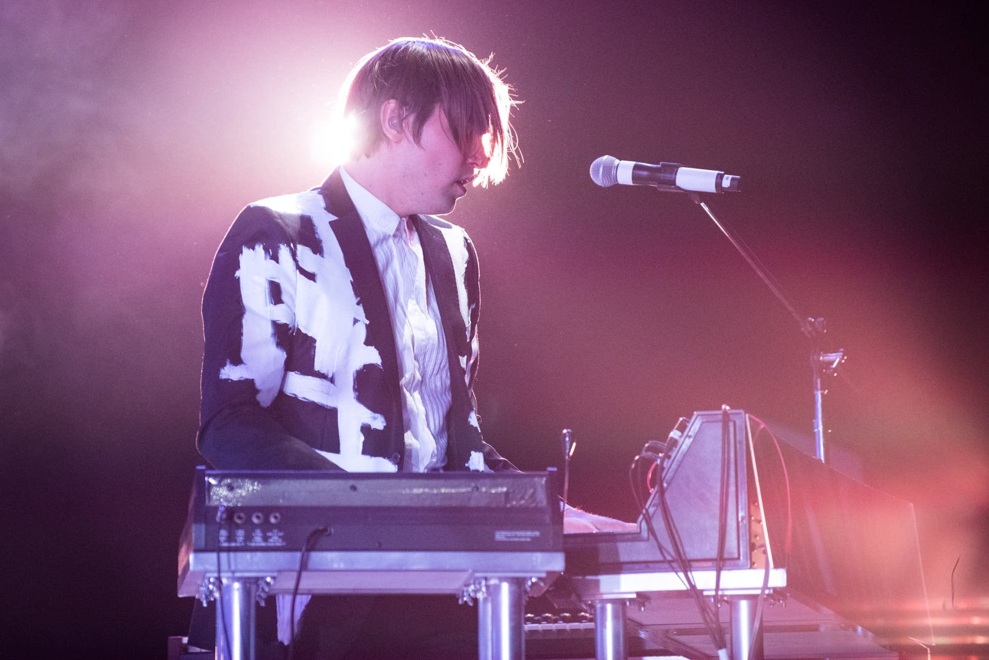 Arcade Fire's William Butler on keyboards