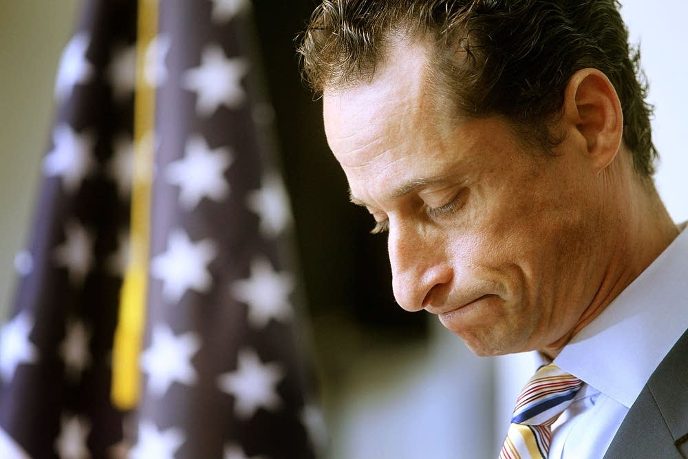 Weiner's wife is leaving him amid a new sexting scandal