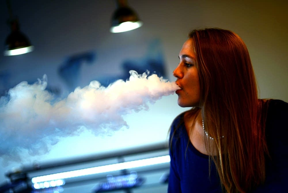 Surgeon General sounding alarm on teens, e-cigarettes