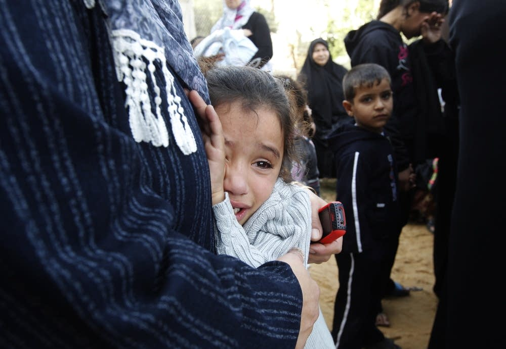 Palestinian girl cries