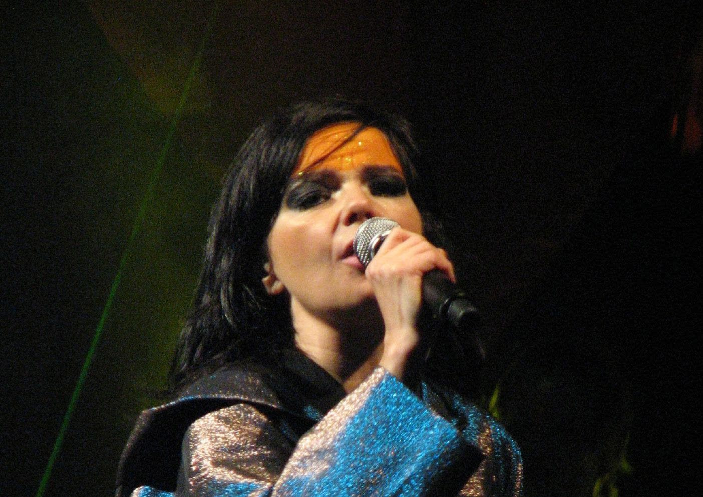 Bjork performing in Vancouver in 2007.
