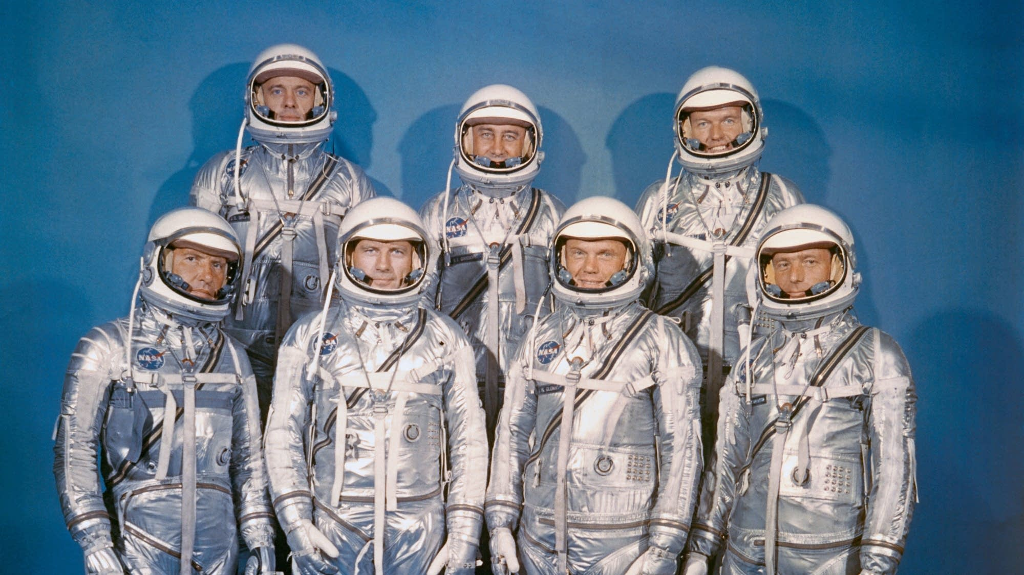 John Glenn, first American to orbit Earth, dies at 95 ...