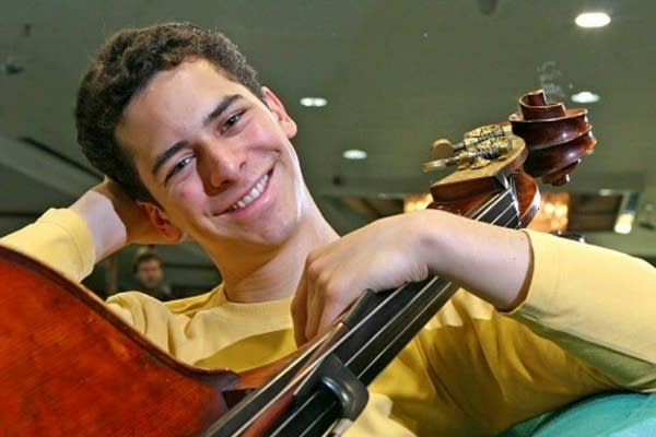Edicson Ruiz, double bass
