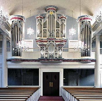 1995 Richards, Fowkes organ at Saint John's Lutheran Church, Stamford,...