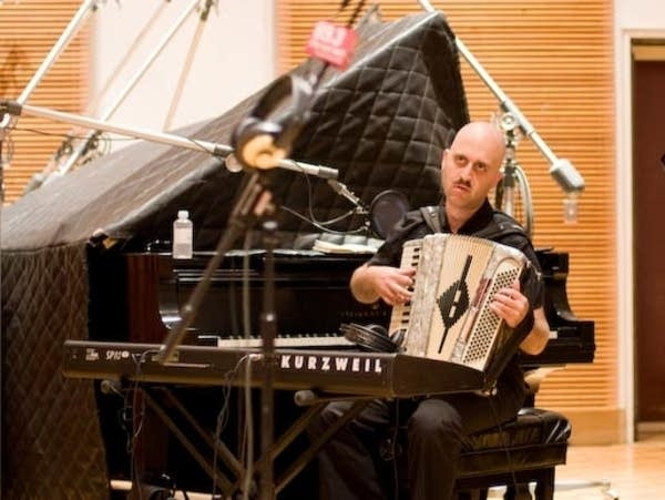Franz Nicolay, keyboardist