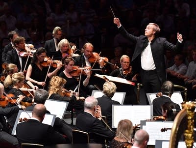 766056 20170906 vasily petrenko conducts the oslo philharmonic