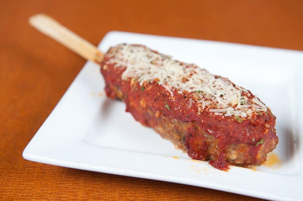 Stuffed Italian meatloaf on-a-stick