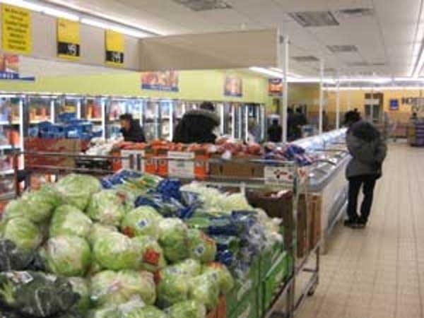 Lettuce display at Aldi