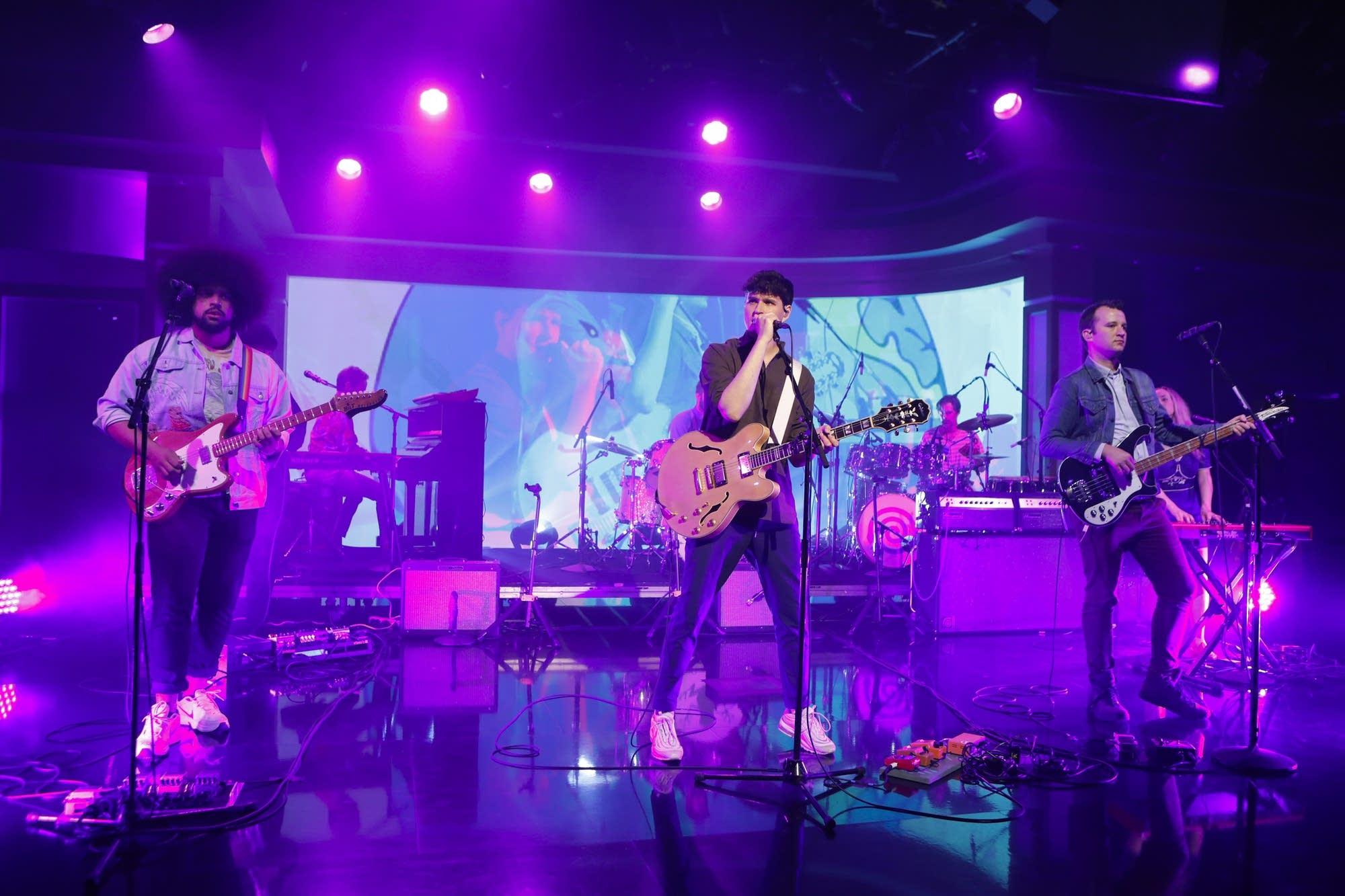 Vampire Weekend perform on 'Jimmy Kimmel Live'