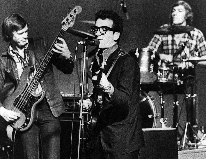 Elvis Costello 1977 short