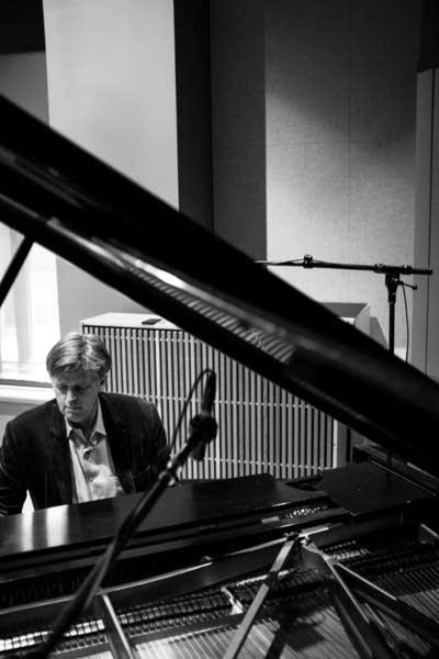 3f84d7 20131001 pianist stephen prutsman 4