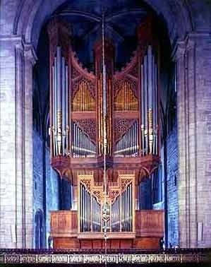 1986 Mander organ at Chichester Cathedral organ