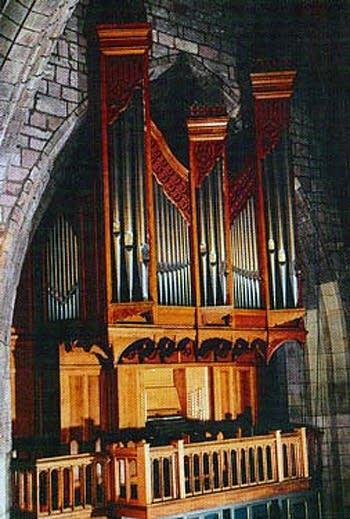 1998 Wood organ at Saint Asaph Cathedral, Wales