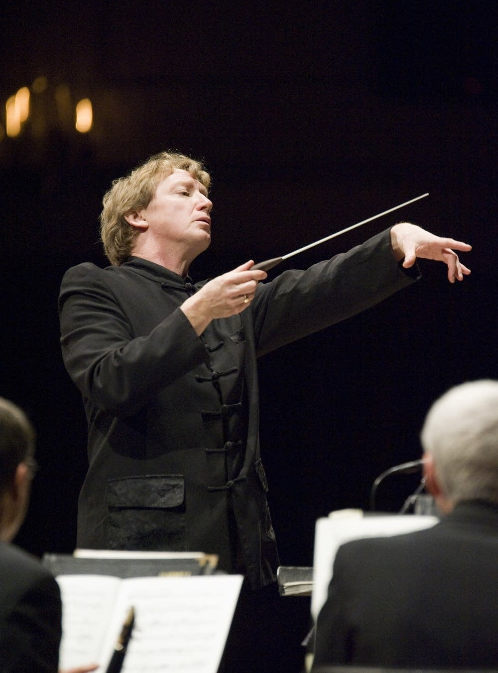 Douglas Boyd conducts the SPCO