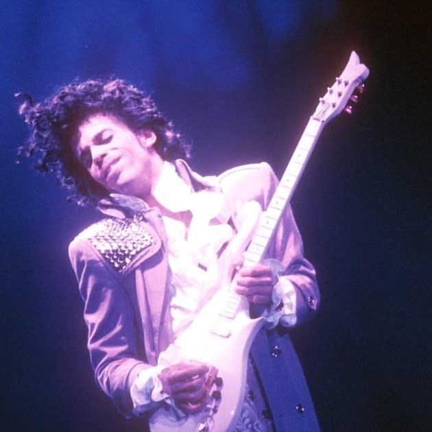 Prince plays his Cloud guitar