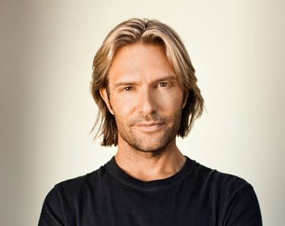 E8d4ce 20140407 eric whitacre press three