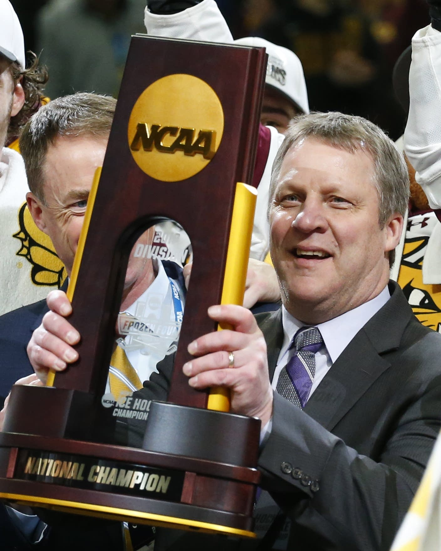 Minnesota Duluth men's hockey coach Scott Sandelin