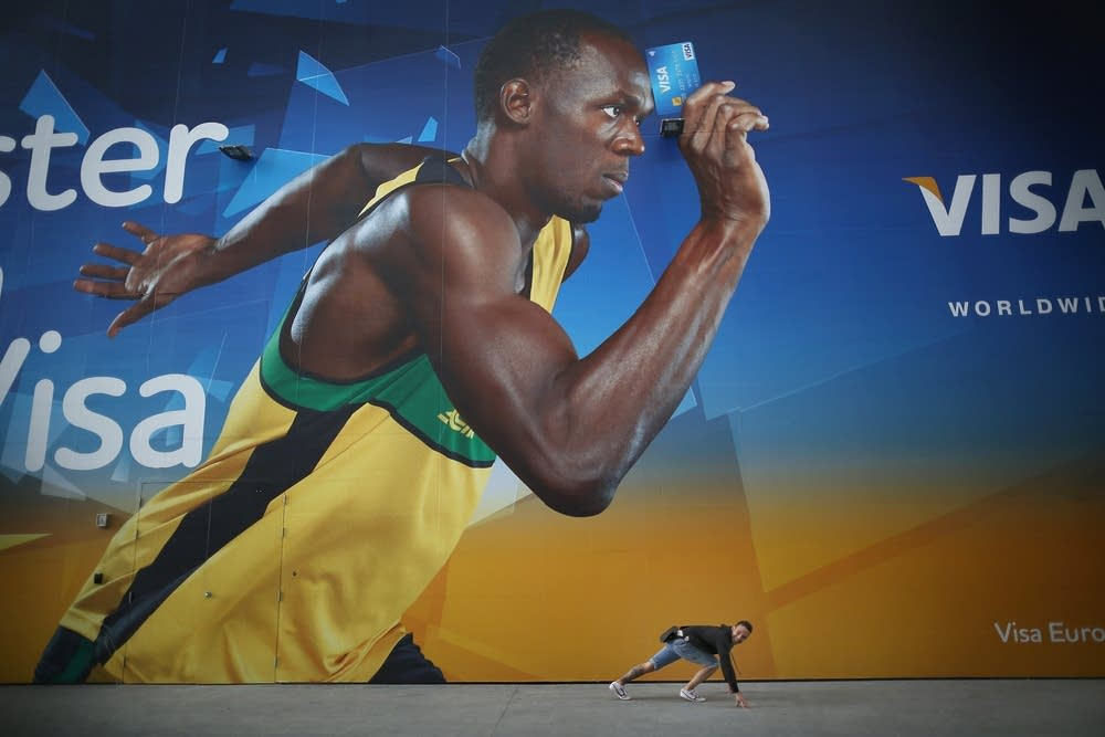 Photo posing with Usain Bolt