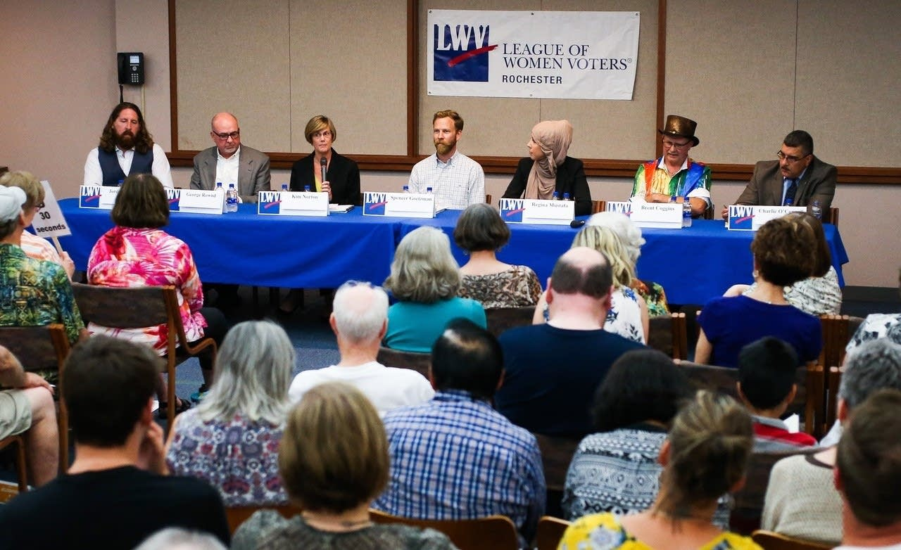 Rochester mayor candidates participate in debate.