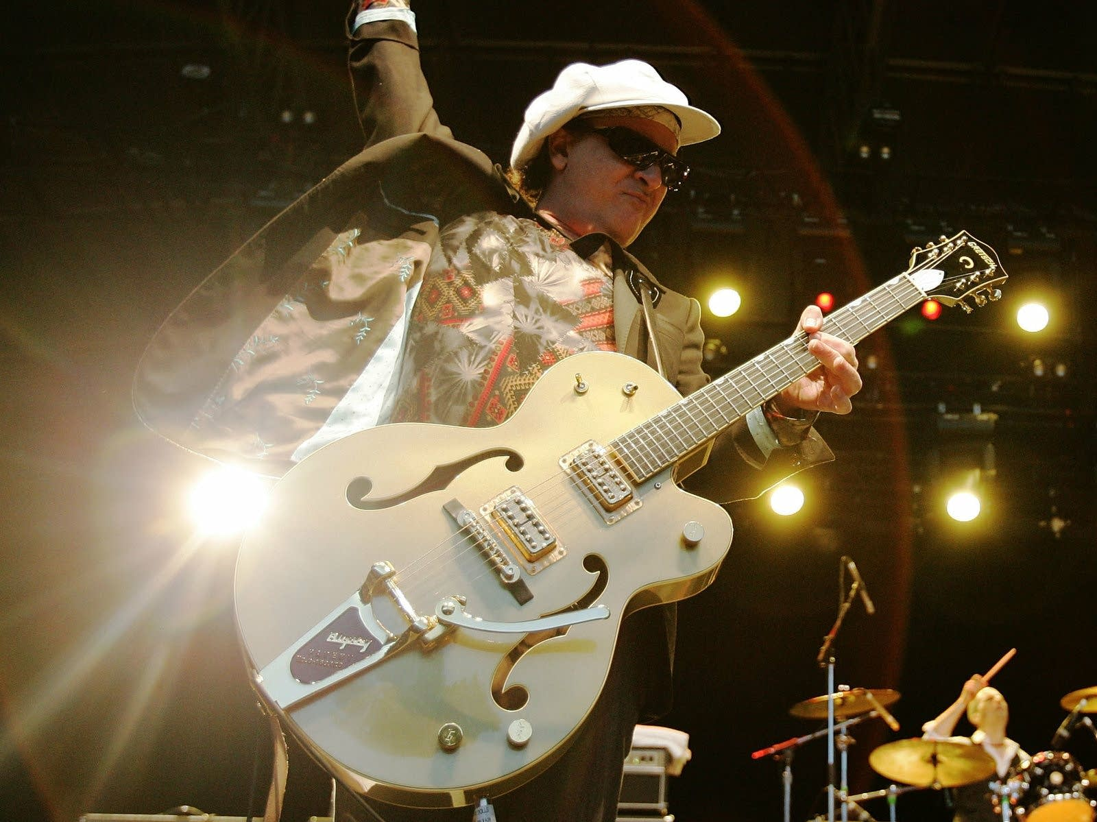 Sylvain Sylvain of the New York Dolls performs onstage in 2007