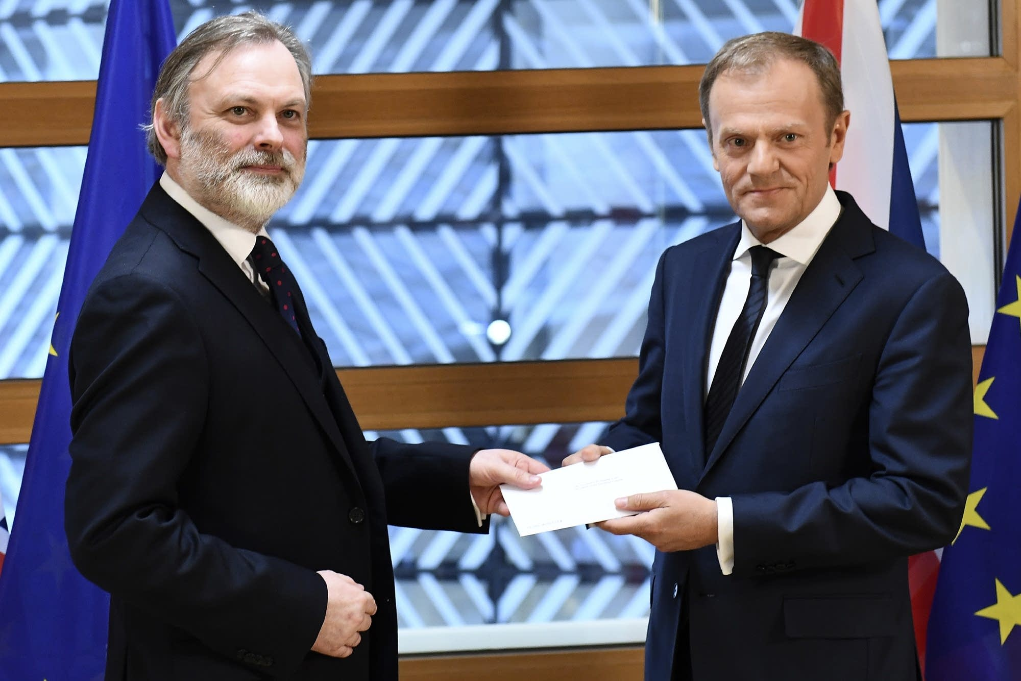 UK negotiator denies govt is blackmailing EU on security