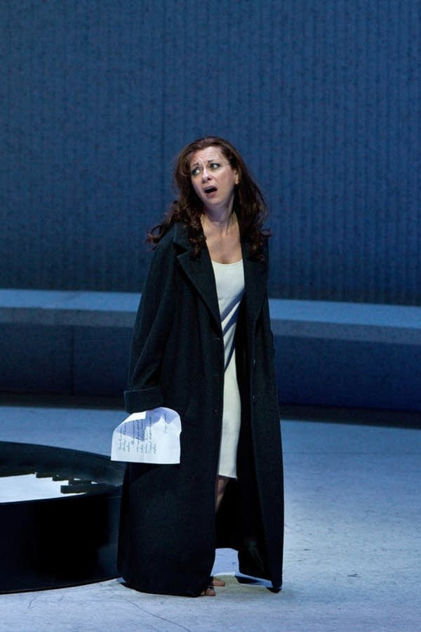Natalie Dessay as Violetta in Verdi's La Traviata