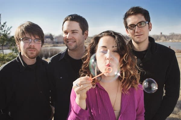 Ashley Gold and her band