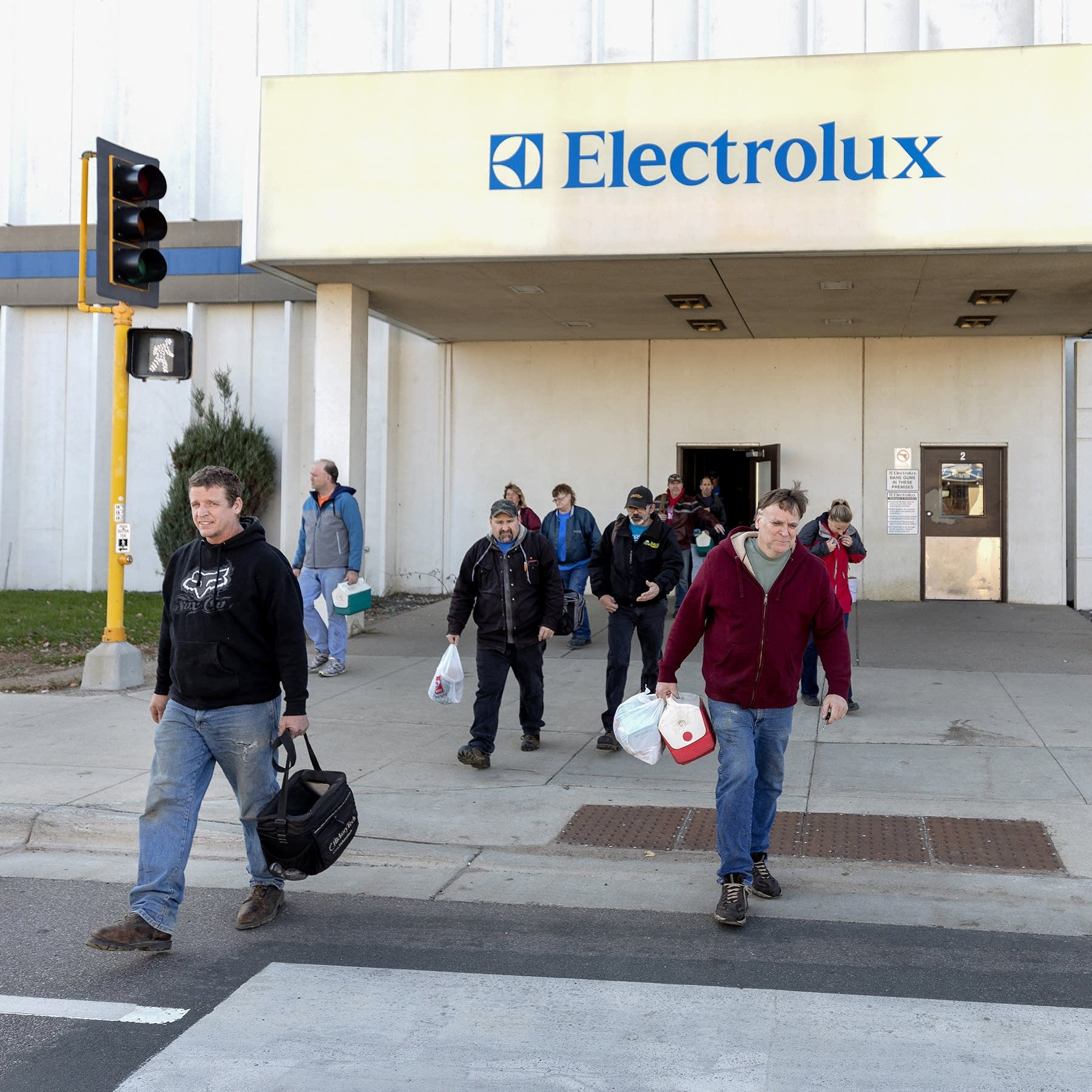 In St Cloud Longtime Electrolux Plant Going Quiet Mpr News