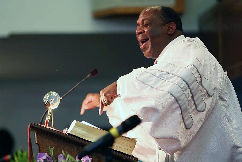 Preaching a sermon
