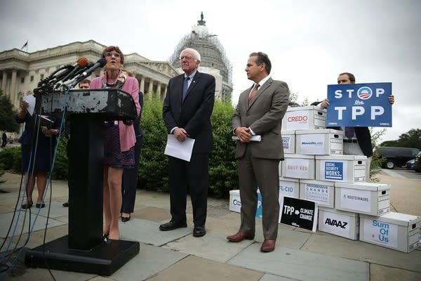Congressional Democrats hold news conference