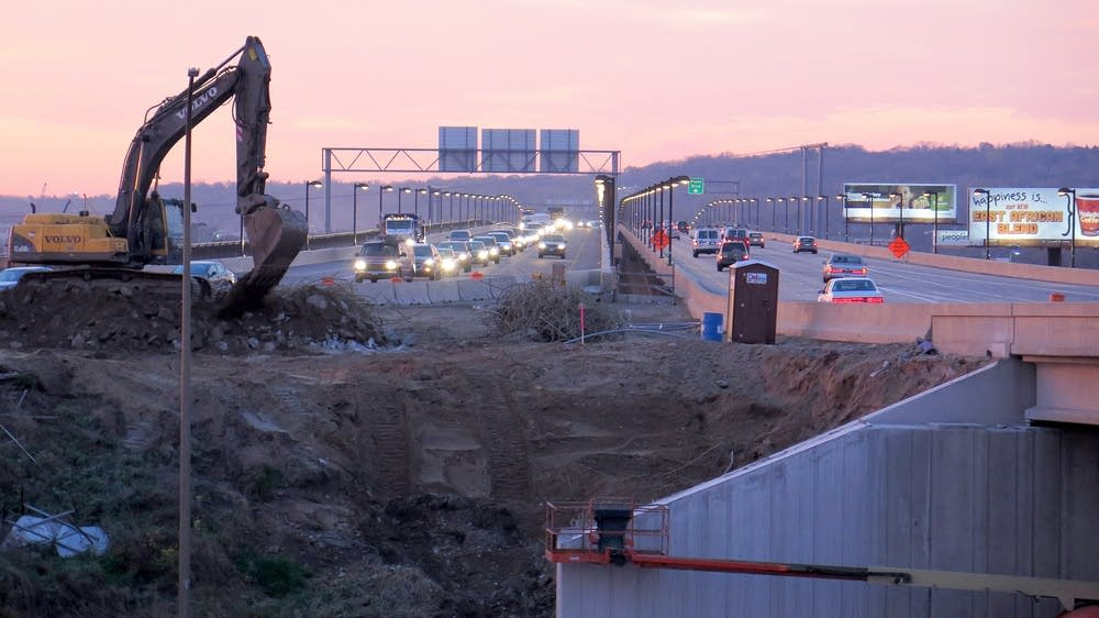 New Lafeyette bridge over the Mississippi