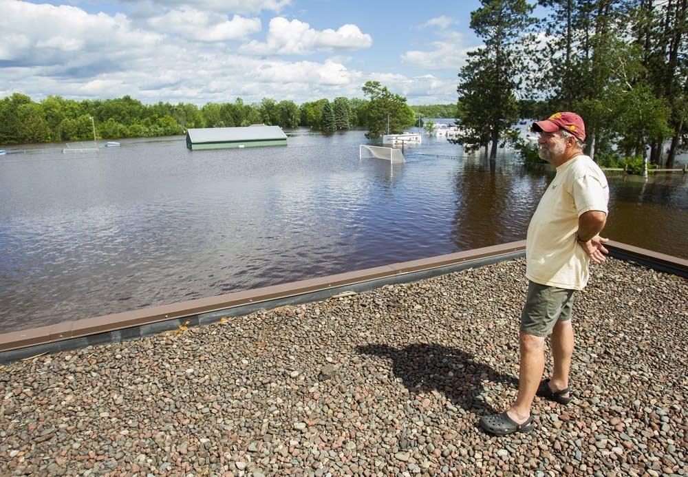 Moose Lake superintendent Tim Caroline